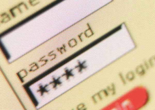 El 75% de los usuarios tienen la misma password en sus correo que en las redes sociales