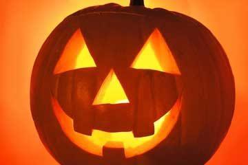 ¡Cuidado con las felicitaciones de Halloween!, el gusano Prolaco está al acecho