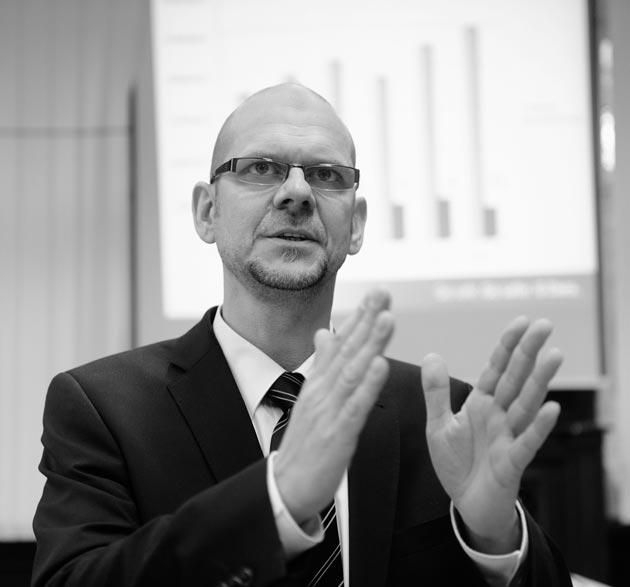 Dirk Hochstrate de G Data