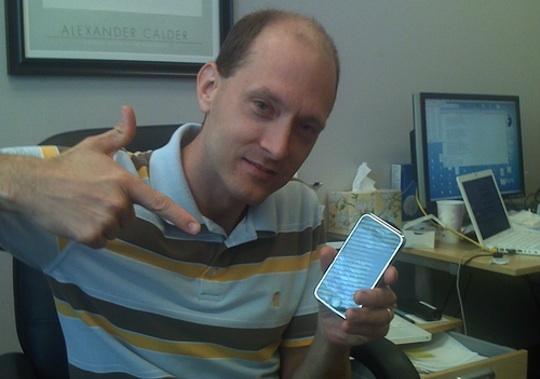 Twitter contrata al hacker de Apple Charlie Miller 49