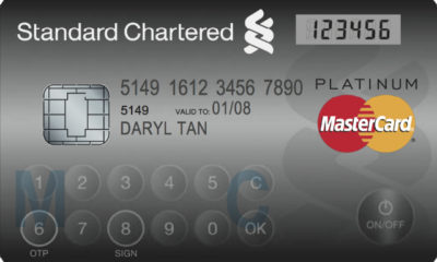 Mastercard lanza la tarjeta bancaria segura Display Card 54
