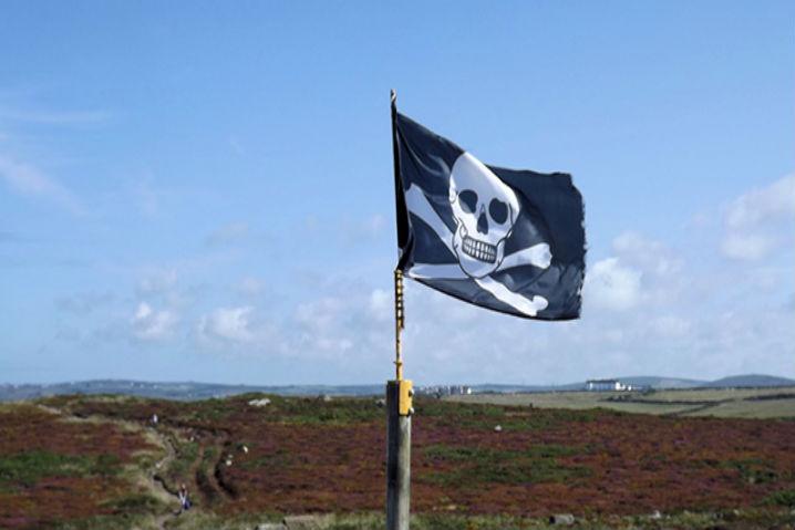 La piratería, muy necesaria en países subdesarrollados