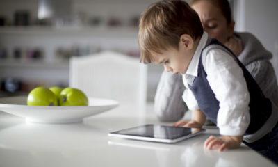 Los españoles no se molestan en enseñar a sus hijos los peligros de Internet 54