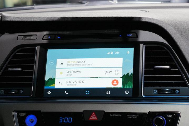Advierten de los riesgos de recibir un ataque hacker en los vehículos conectados a Internet