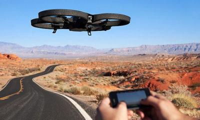 Un hacker secuestra un dron de la policía desde 2 km con un kit de 40 dólares