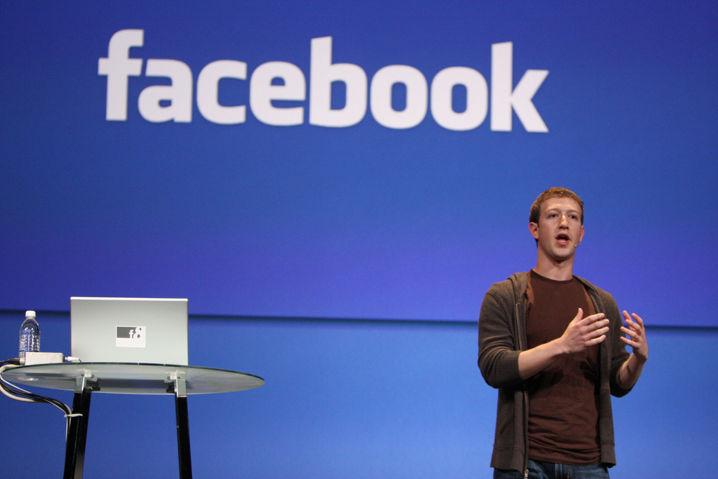 Facebook es demandada por escanear los mensajes privados