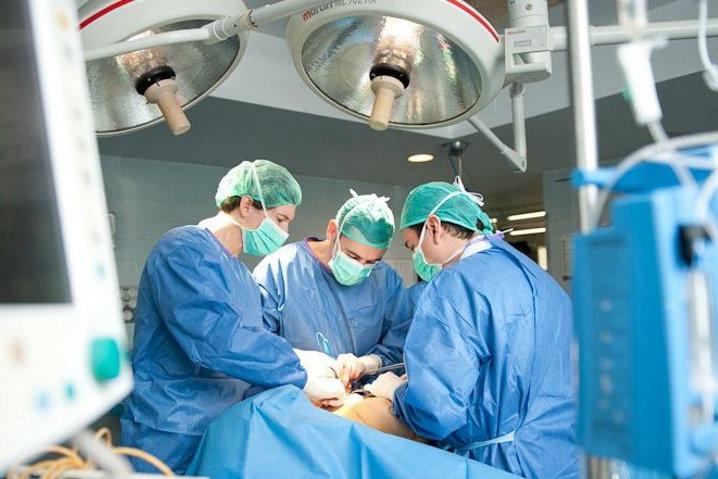 Un antimalware interrumpe un proceso de cateterismo cardíaco