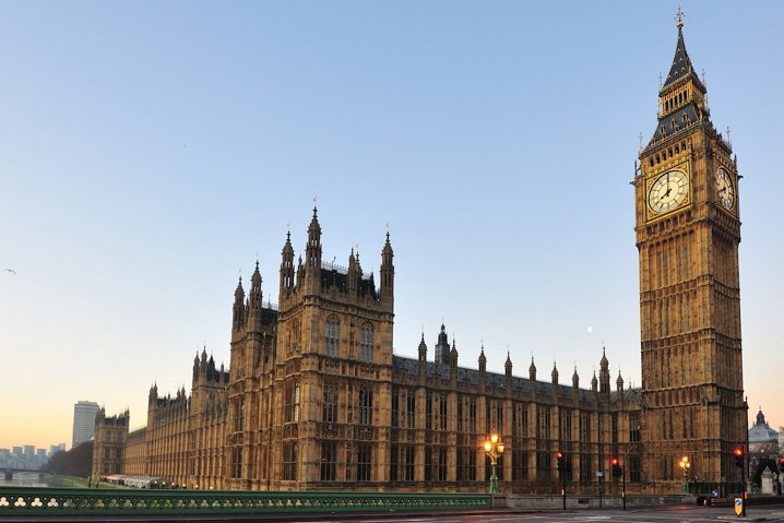 Reino Unido insiste en la inclusión de puertas traseras en los servicios de mensajería