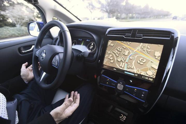 Demuestran que es fácil engañar a los coches autoconducidos con señales alteradas