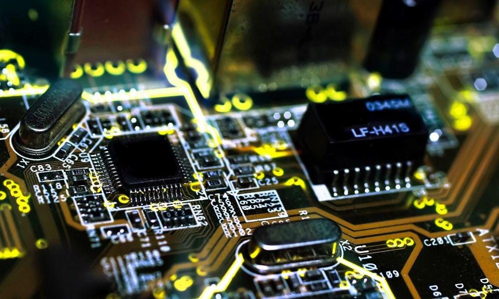 Descubren un rootkit que instala malware persistente en el firmware UEFI
