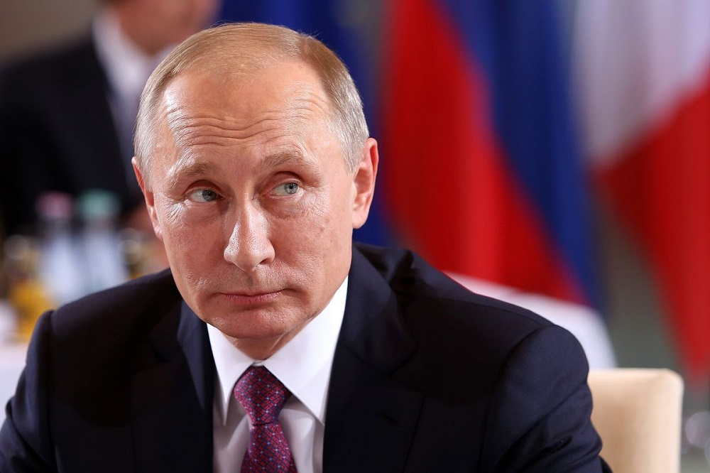 """Diario de Troya #3: Los rusos lo vuelven a hacer y un adolescente """"hackea"""" McDonalds 47"""